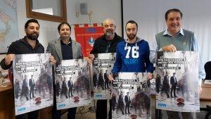 Nella foto: da sinistra Umberto Panarotto, Alessandro Viali, Maurizio Marcato, Luca Sandri, Costantino Gugliuzza presentano il manifesto AVIS 2016