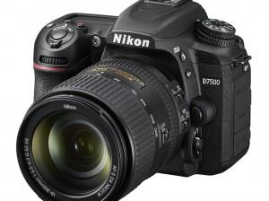 Nikon D7500_18_300_3.5_6.3G_frt34l